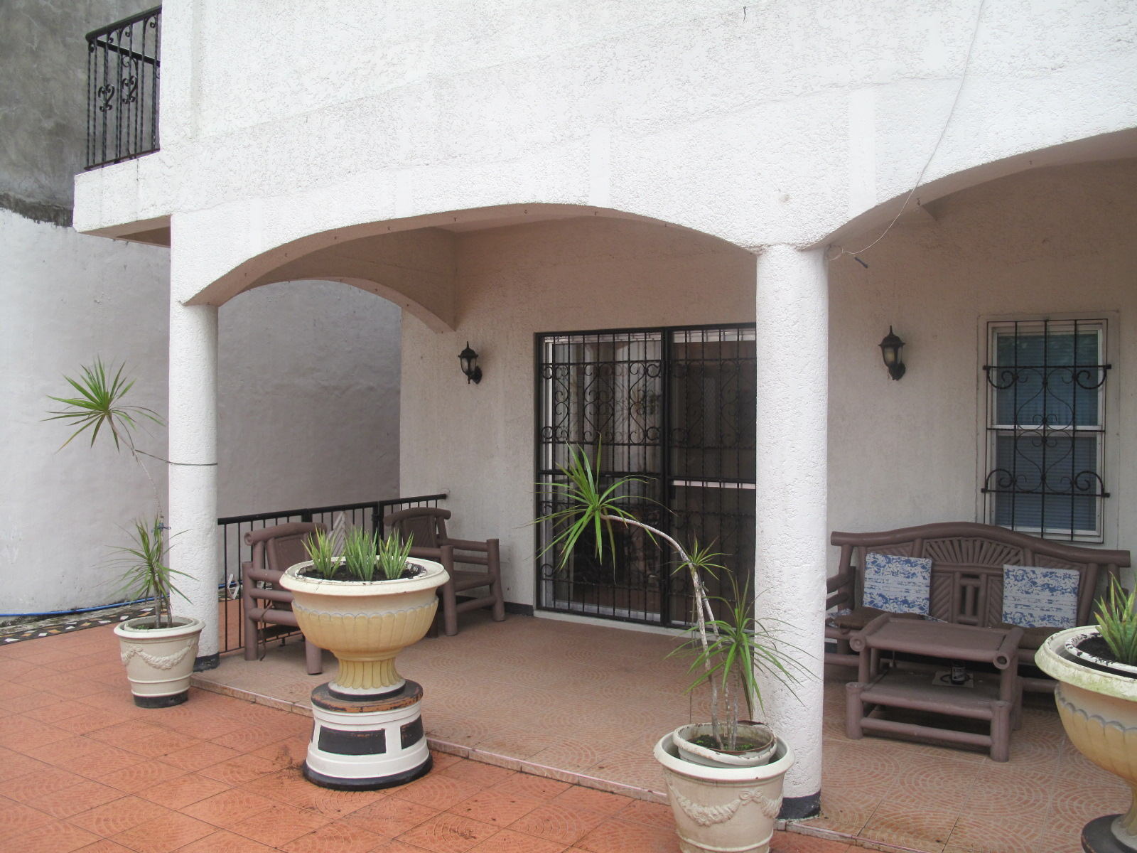 Elegant pili house lot for sale naga city real estate for Casa moderna naga city prices
