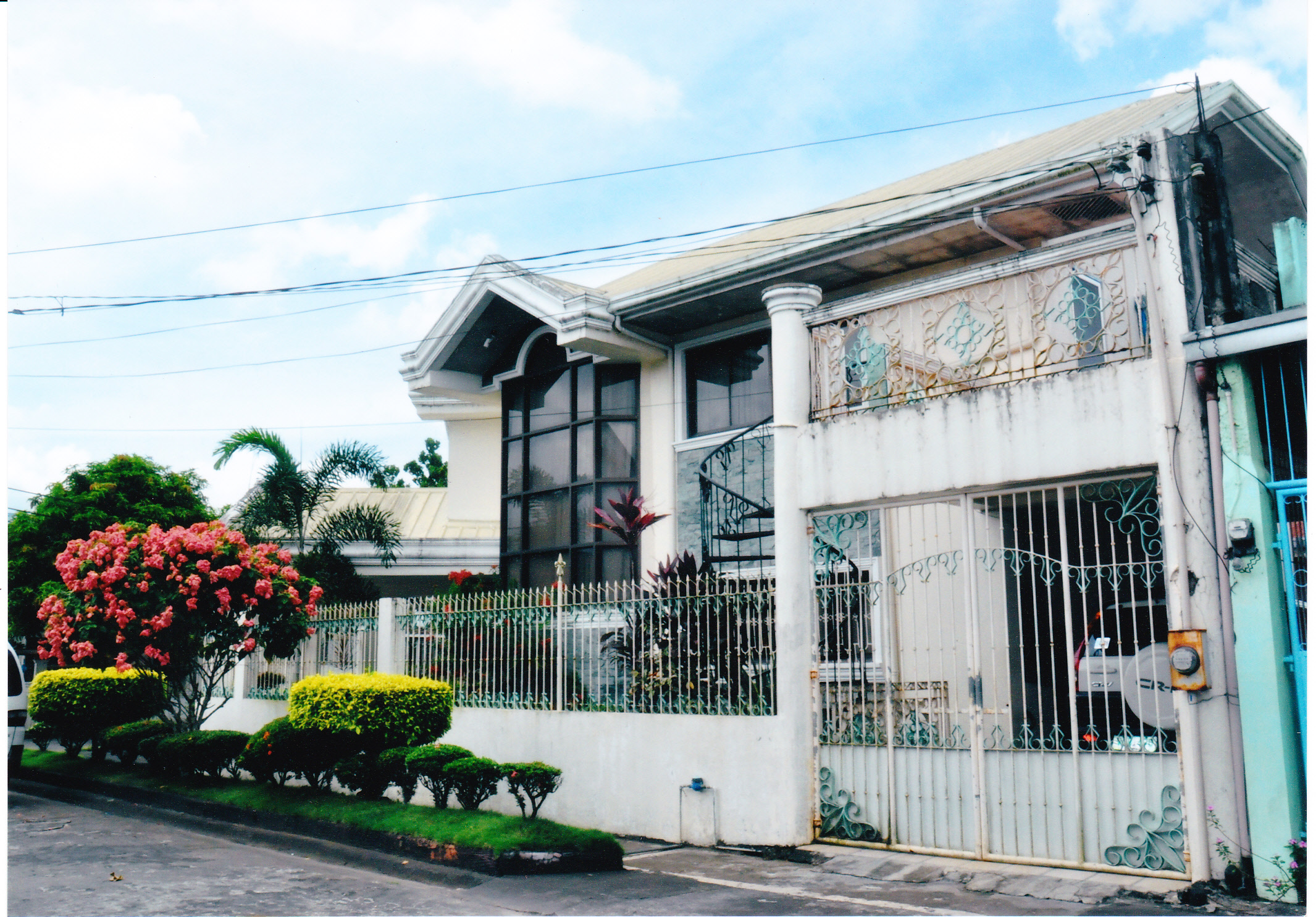 Almeda village house and lot naga city real estate for Casa moderna naga city prices