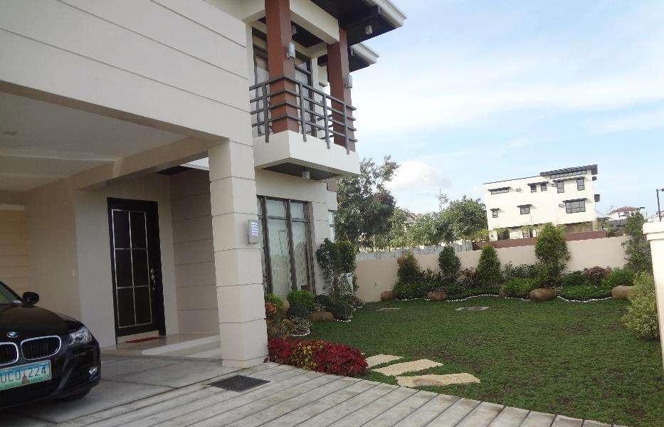 House and lot house and lot in naga house and lot in for Casa moderna naga city prices
